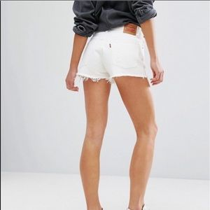 Levi's 501 White Distressed Denim Shorts 28 NWT